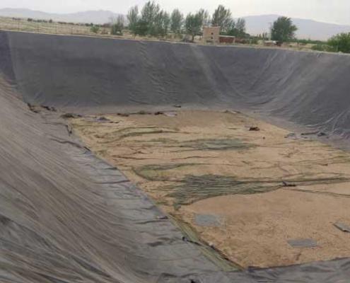 ایزولاسیون استخرهای کشاورزی بوئین زهرا